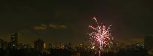 São Paulo 01/01/2016 Fogos de artificio na virada do ano no bairro da Aclimação . Foto Paulo Pinto/Fotos Publicas